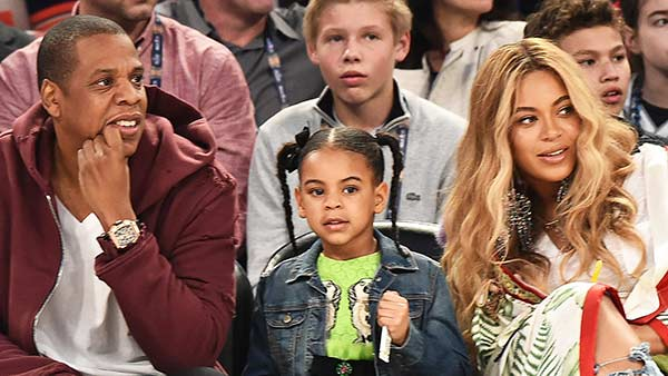 Beautiful Family: Jay Z and Beyonce with their children