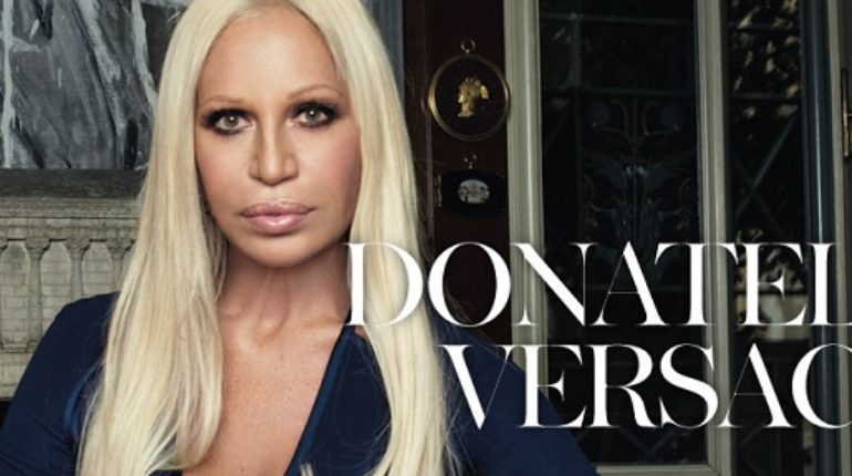 ec94beee0722 What happened to Donatella Versace s face  Before   after plastic surgery