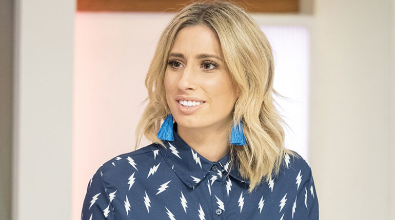 Stacey Solomon looks hot with short blonde hair.