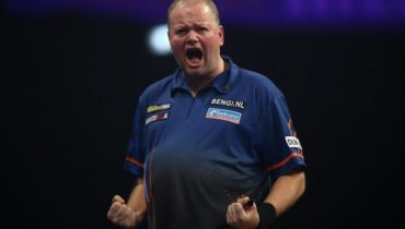 Dart Player Raymond Van Barneveld giving his best despite of his declining health situation and over weight